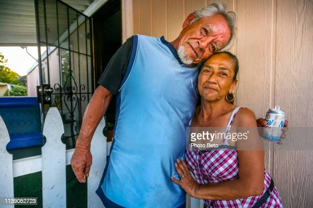 usa/mexico - mexicans in usa - migrant worker stock photos and pictures