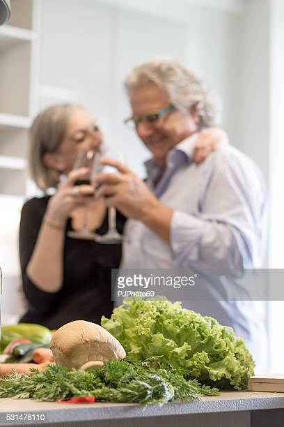 couple of senior in the kitchen - pjphoto69 stock pictures, royalty-free photos & images