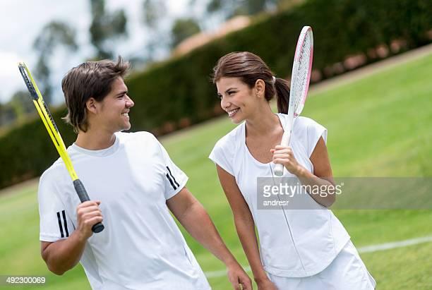 Paio di giocatori di tennis
