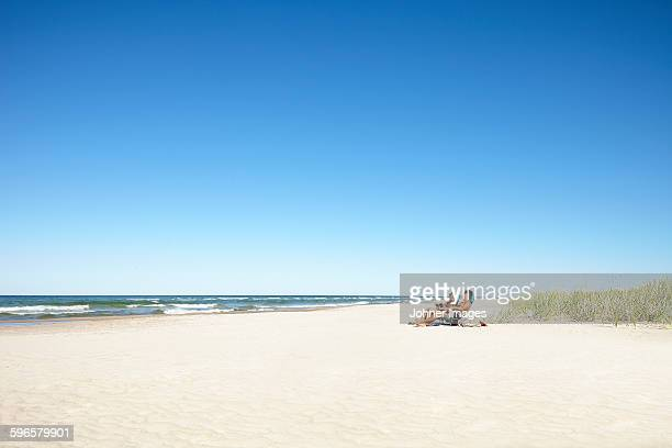 couple on beach - gotland bildbanksfoton och bilder