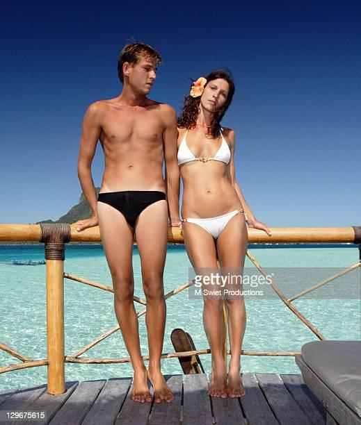 couple on vacation - ボラボラ島 ストックフォトと画像