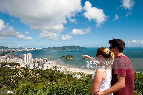 couple on vacation - close to stock pictures, royalty-free photos & images