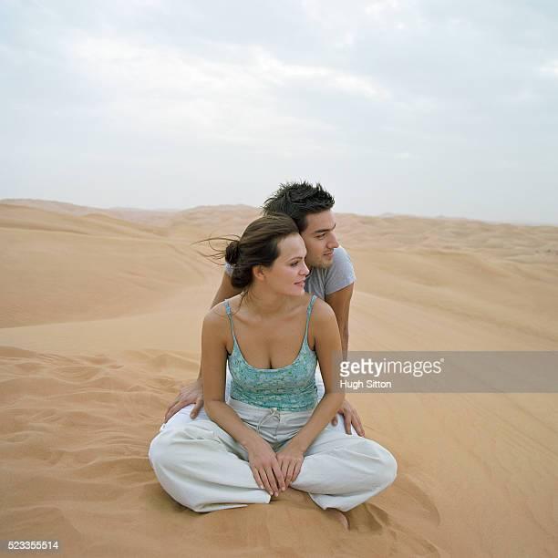 couple on vacations, dubai - hugh sitton foto e immagini stock