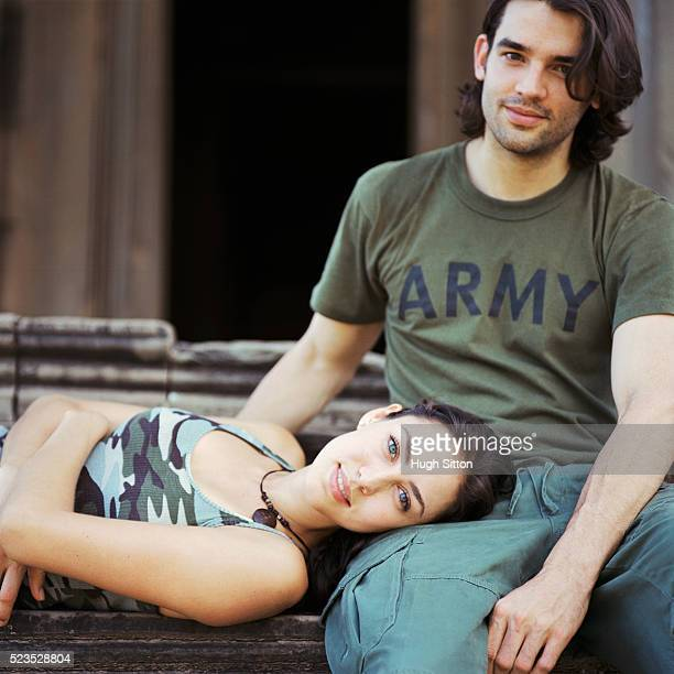 couple relaxing at temple - hugh sitton stock-fotos und bilder