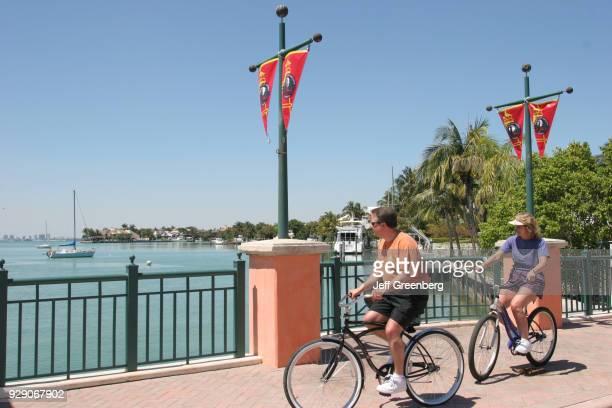Couple riding bicycles on Mashata Drive.