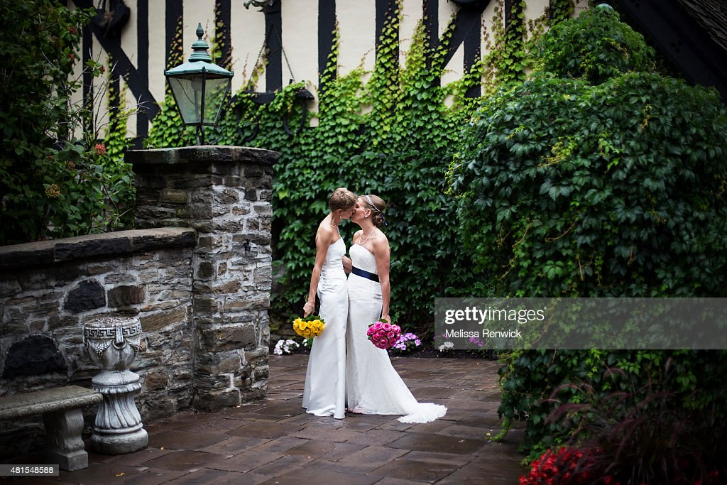 A Shares Moment After Their Wedding Ceremony At The Old Mill Inn In Toronto