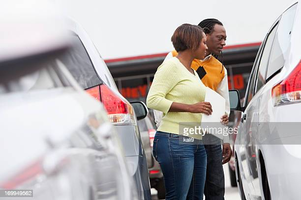 Couple shopping for car
