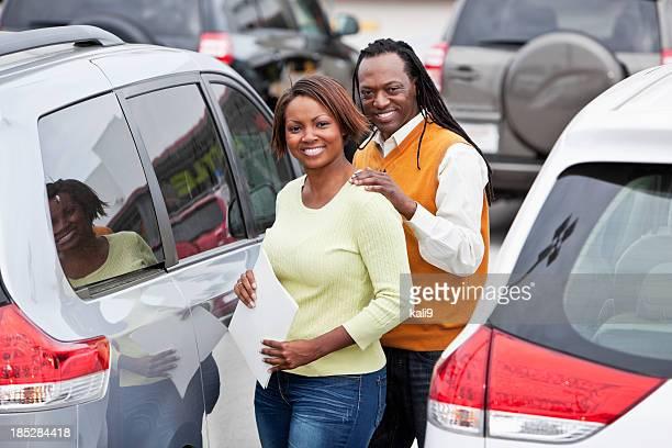Couple shopping for car