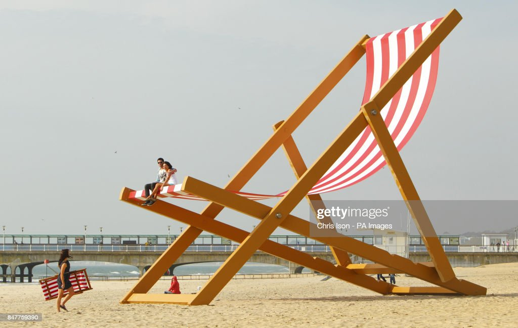Genial A Couple Sit It What Is Expected To Be Confirmed As The Worldu0027s Largest  Deckchair On