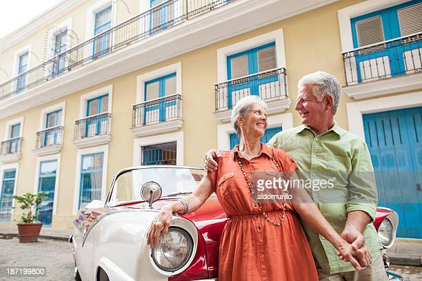Couple visiting the Havana