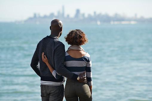 Couple watching the San Francisco skyline - gettyimageskorea