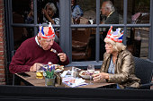 windso england couple wear union flag