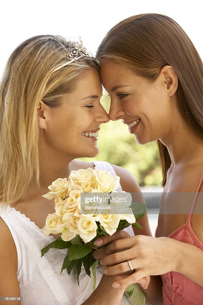 Couple with bouquet : Stock Photo