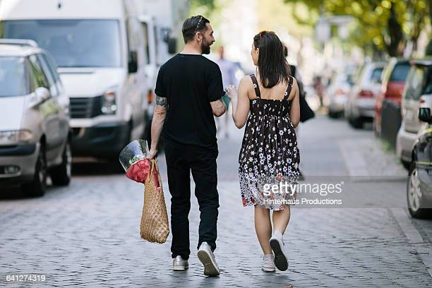 Couple with Eco friendly shopping bag