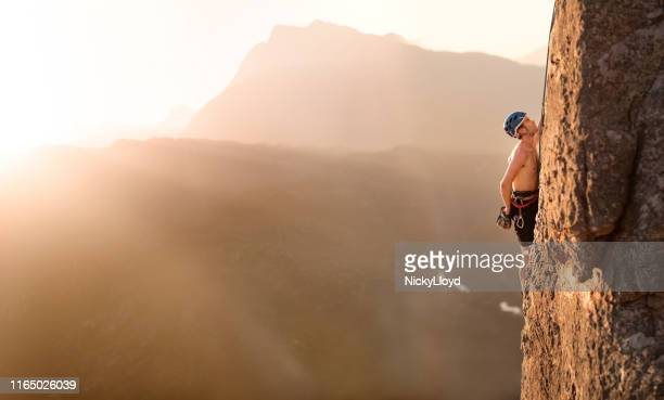 courage will take you to the top - nicky pende foto e immagini stock