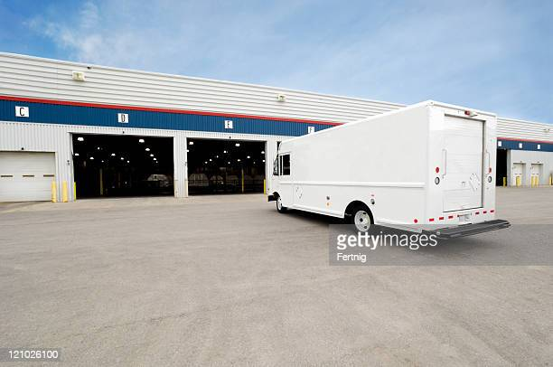 Courier terminal and delivery van