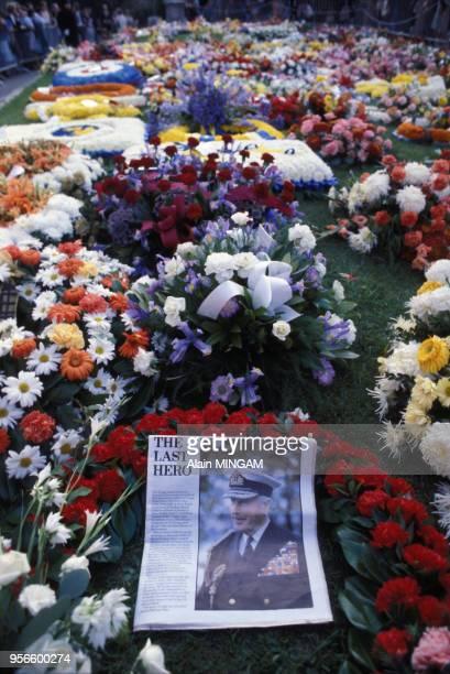 Couronnes de fleurs lors des funérailles de Lord Mountbatten le 5 septembre 1975 à Londres au RoyaumeUni