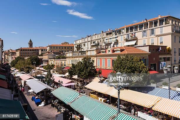 Cours Saleya, Monday antique market