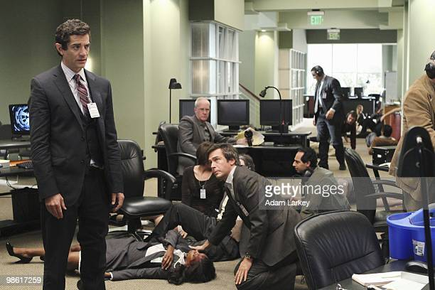 FLASHFORWARD Course Correction Demetri and Agent Banks attempt to track down a killer as questions arise about the universe coursecorrecting itself...
