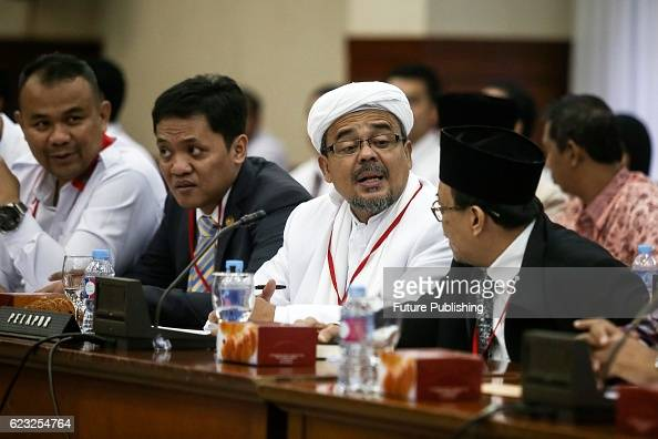 103 Habib Rizieq Photos And Premium High Res Pictures Getty Images