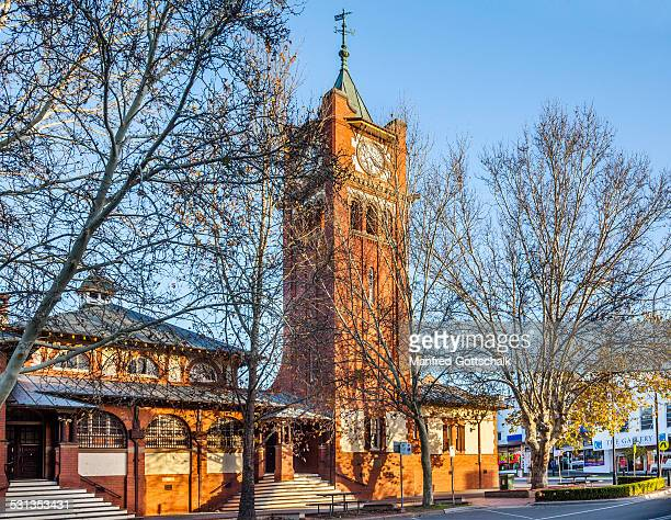 court house wagga wagga - wagga wagga stock pictures, royalty-free photos & images