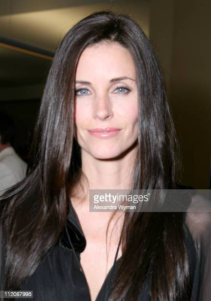 Courteney Cox Arquette during 'The Tripper' Los Angeles Premiere Red Carpet and AfterParty at Mann's Chinese 6 in Hollywood California United States