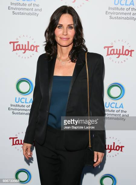 Courteney Cox attends UCLA's 2018 Institute of the Environment and Sustainability Gala on March 22, 2018 in Beverly Hills, California.