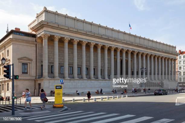 palacio de justicia de lyon - gwengoat fotografías e imágenes de stock