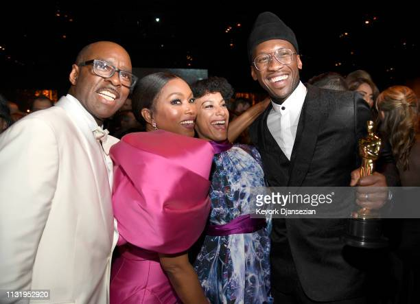 Courtney B Vance Angela Bassett Amatus SamiKarim and Mahershala Ali winner of Best Supporting Actor for 'Green Book' attend the 91st Annual Academy...
