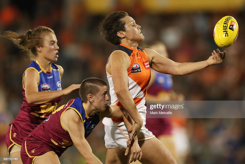 Courtney Gum of the Giants juggles the ball during the round seven AFLW match between the Greater Western Sydney Giants and the Brisbane Lions at Blacktown International Sportspark on March 16, 2018 in Sydney, Australia.