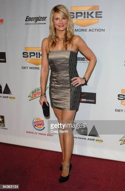 Courtney Hansen arriving at Spike TV's 7th Annual Video Game Awards at Nokia Theatre LA Live on December 12 2009 in Los Angeles California