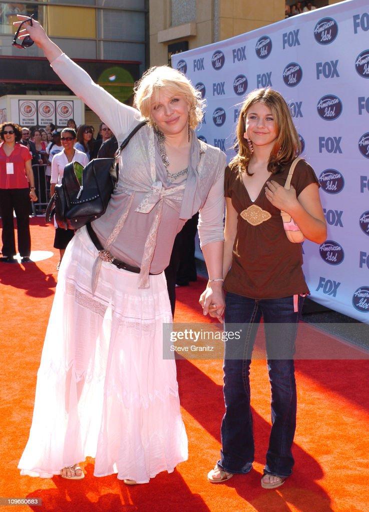 """""""American Idol """" Season 4 - Finale - Arrivals"""