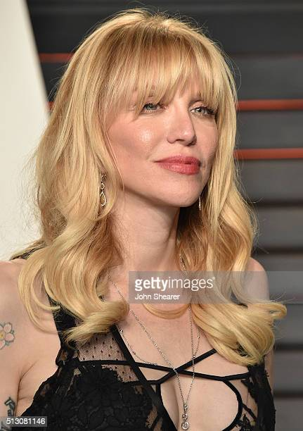 Courtney Love arrives at the 2016 Vanity Fair Oscar Party Hosted By Graydon Carter at Wallis Annenberg Center for the Performing Arts on February 28...
