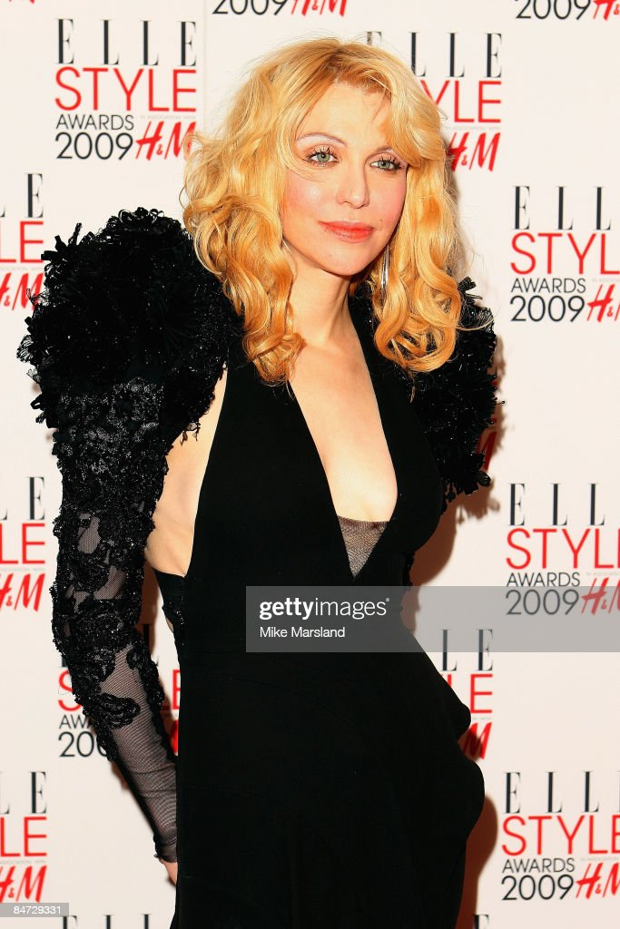 Courtney Love arrives at the Elle Style Awards 2009 at Big Sky Studios on February 9, 2009 in London, England.