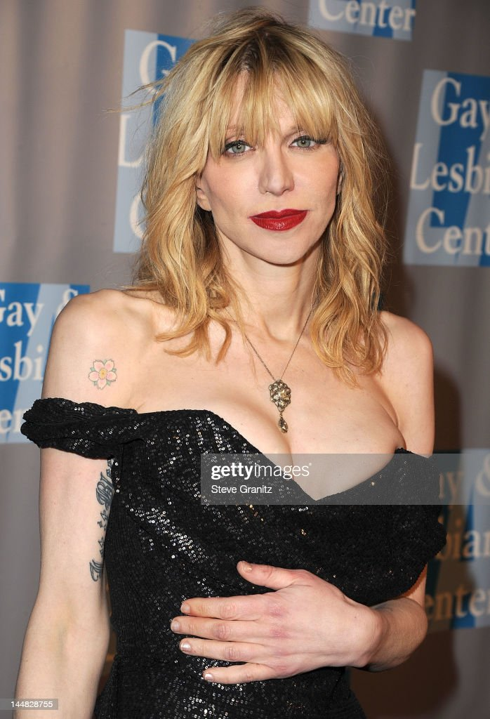Courtney Love arrives at the L.A. Gay & Lesbian Center's 'An Evening With Women'>> at The Beverly Hilton Hotel on May 19, 2012 in Beverly Hills, California.
