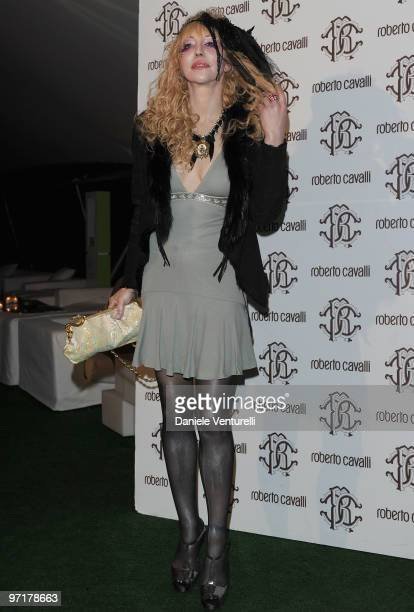 Courtney Love attends the Roberto Cavalli party during the Milan Fashion Week Autumn/Winter 2010 on February 28, 2010 in Milan, Italy.