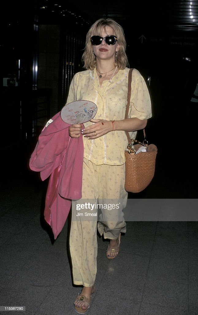 Courtney Love at Los Angeles International Airport