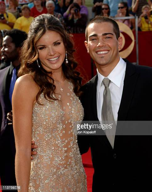 Jesse Metcalfe And Courtney Robertson