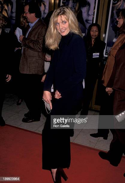 Courtney Thorne-Smith at the Premiere of 'The Long Kiss Goodnight', Mann National Theatre, Westwood.