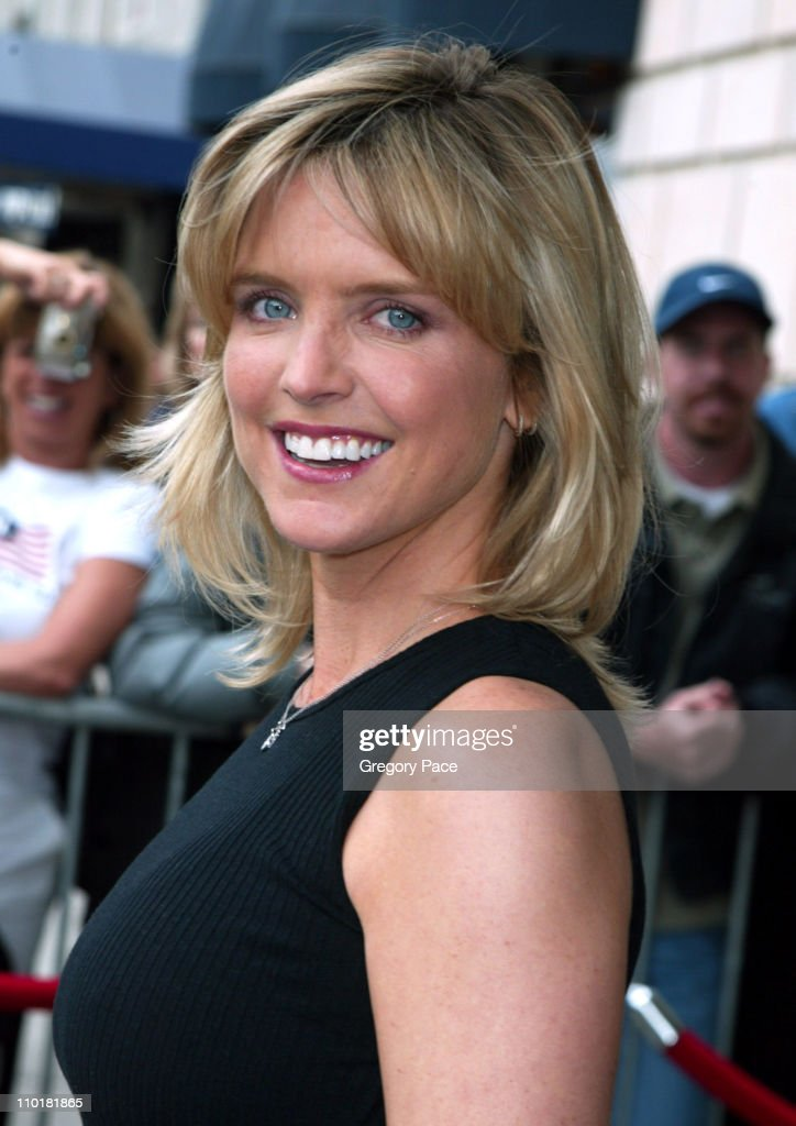 2003 2004 ABC Television Network UpFront at The Ritz Carlton Hotel : News Photo
