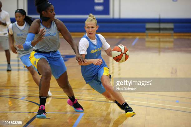 Courtney Vandersloot of the Chicago Sky handles the ball during practice on July 11, 2020 at IMG Academy in Bradenton, Florida. NOTE TO USER: User...