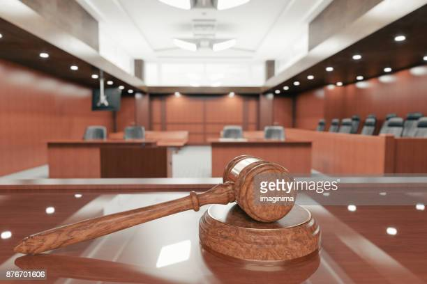 courtroom and gavel - politics and government imagens e fotografias de stock
