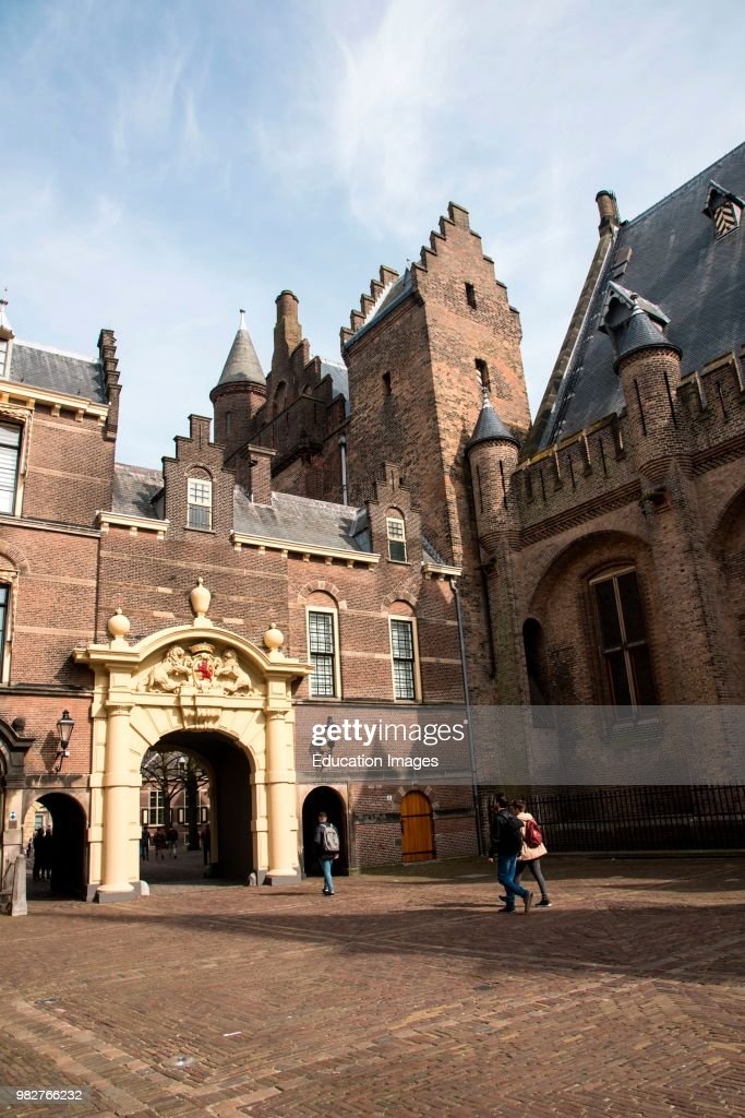 Courtyard of the Binnenhof, political center of the Netherlands, The Hague : News Photo