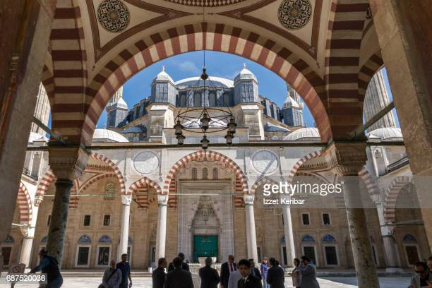 courtyard of the selimiye mosque,edirne,turkey - selimiye mosque stock pictures, royalty-free photos & images