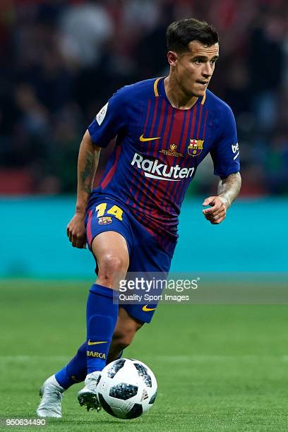 Coutinho of Barcelona in action during the Spanish Copa del Rey Final match between Barcelona and Sevilla at Wanda Metropolitano on April 21 2018 in...