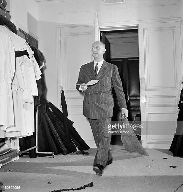 Couture Fall 1950 Collection Of Christian Dior Paris aout 1950 Reportage sur la nouvelle collection automne 1950 de Christian DIOR avenue Montaigne à...