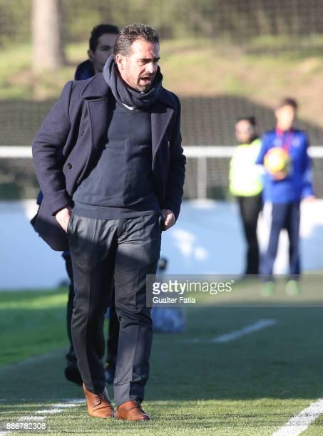 Cova da Piedade head coach Bruno Ribeiro in action during the Segunda Liga match between CD Cova da Piedade and SC Covilha at Estadio Municipal Jose...