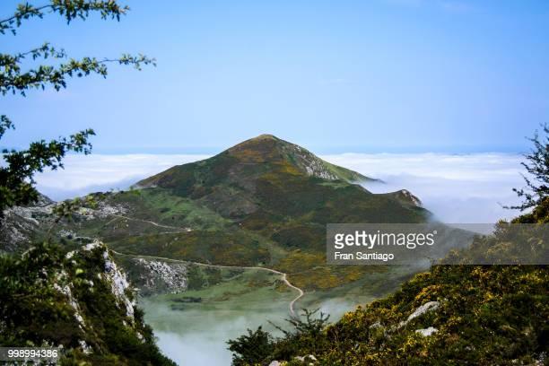 covadonga - asturias - fran santiago fotografías e imágenes de stock