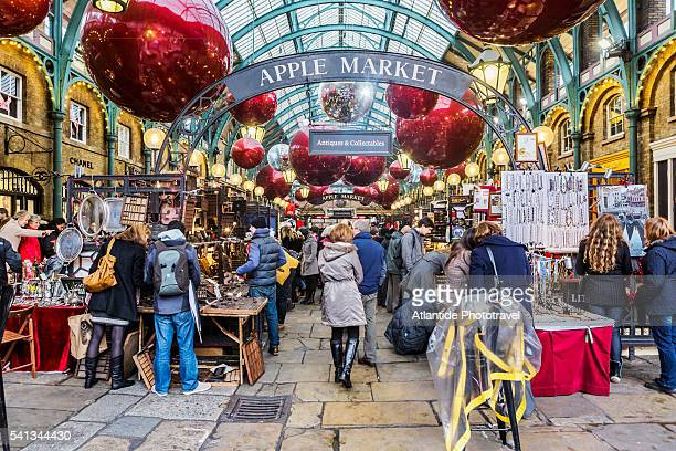 Covent Garden, the Apple Market during the Christmas period