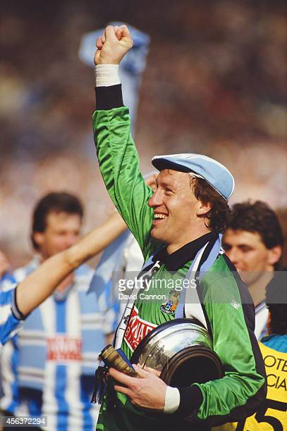 Coventry City Steve Ogrizovic celebrates after the 1987 FA cup final between Coventry City and Tottenham Hotspur at Wembley Stadium on May 16 1987 in...
